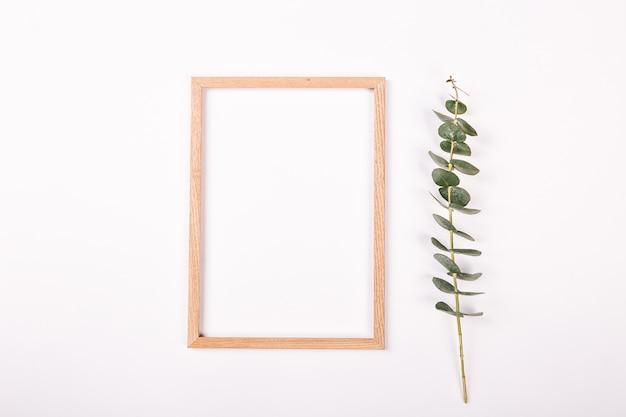 Notatnik izolowane białe tło koncepcja wiosny