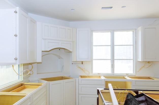 Nowoczesna kuchnia wnętrz przebudowa kuchni domowej