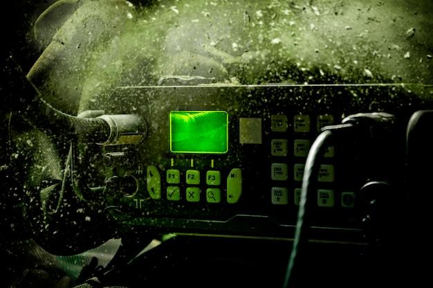 Nowoczesna wojskowa stacja radiowa. pojęcie transmisji danych, kierowanie pocisków rakietowych, realizacja operacji specjalnych.