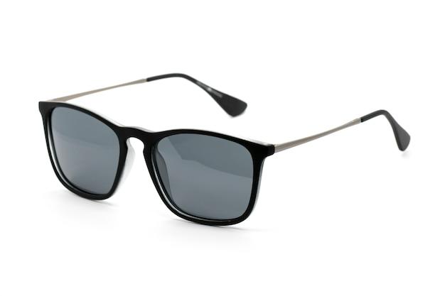 Nowoczesne modne okulary przeciwsłoneczne na białym tle, okulary.