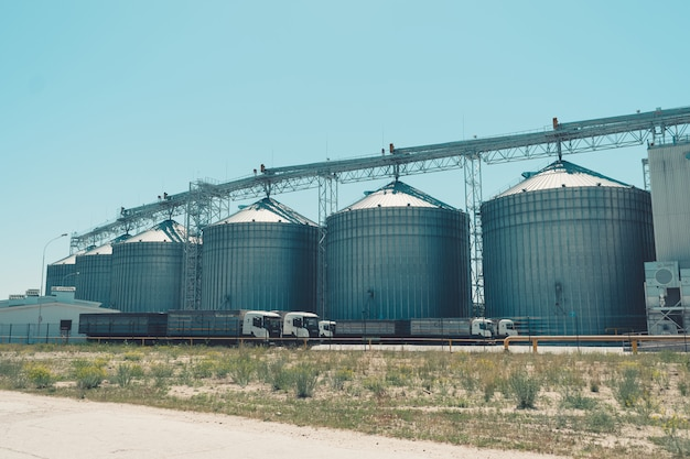 Nowoczesne silosy rolnicze