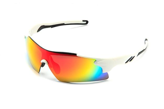 Nowoczesne stylowe białe okulary przeciwsłoneczne do rowerów sportowych