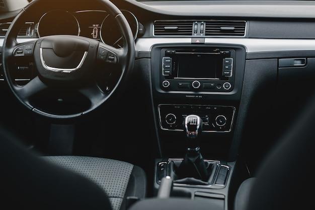 Nowoczesne wnętrze samochodu