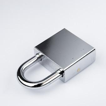Nowoczesny klucz cyfrowy klucz do koncepcji bezpieczeństwa