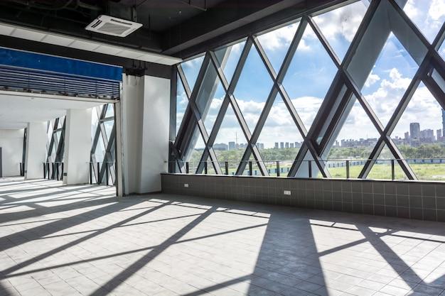 Nowoczesny projekt architektury wnętrz puste