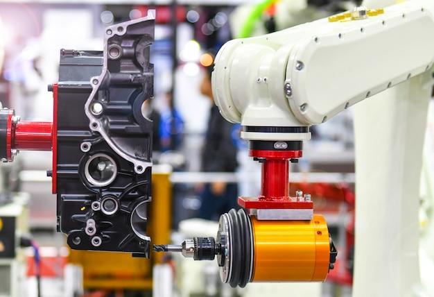 Nowoczesny robotyczny system wizyjny w fabryce, koncepcja robota przemysłowego.