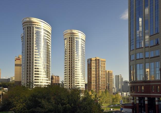 Nowosybirsk syberiarosja0920202020 nowy kompleks mieszkaniowy wysokie budynki