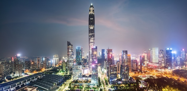 Nowożytna miastowa architektury sceneria w shenzhen, chiny