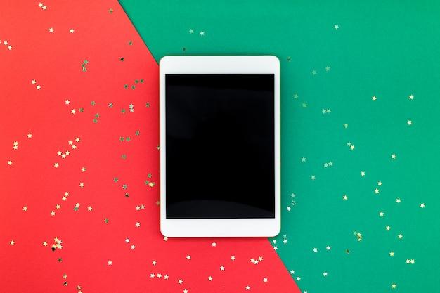 Nowy rok lub świąteczny tablet z czarnym ekranem