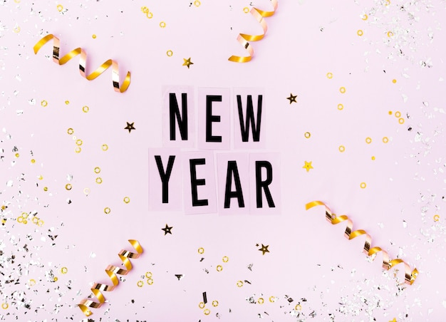 Nowy rok napis ze wstążką