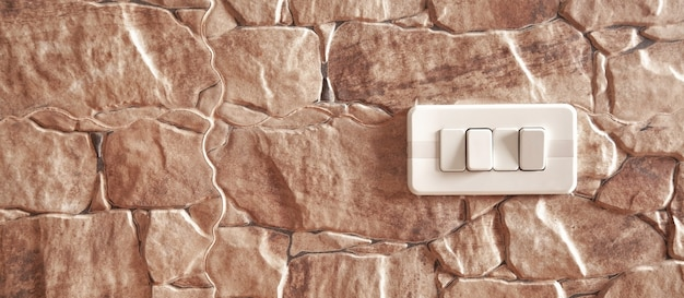 Nowy włącznik w ścianie kuchni.