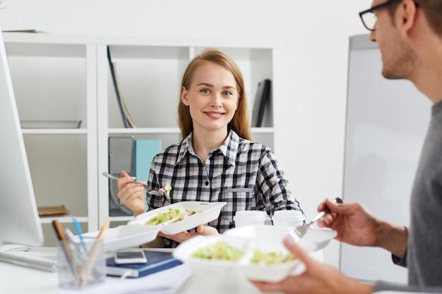 Obiad w biurze informacji turystycznej