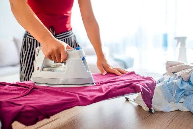 Obowiązki domowe, dbanie o koncepcję ubrań