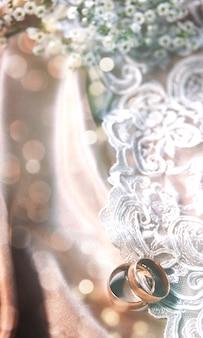 Obrączka na vintage koronki