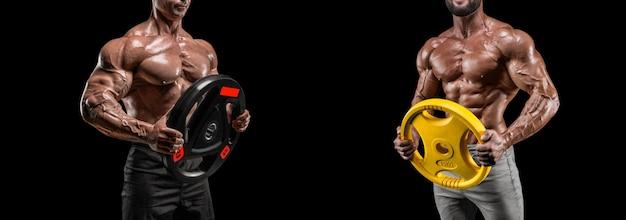 Obraz dwóch umięśnionych mężczyzn z dyskami ze sztangą. kulturystyka a budowa ciała mężczyzn. różne środki przekazu