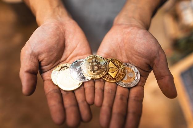 Obraz złotego bitcoina kryptowaluty dla kryptowaluty
