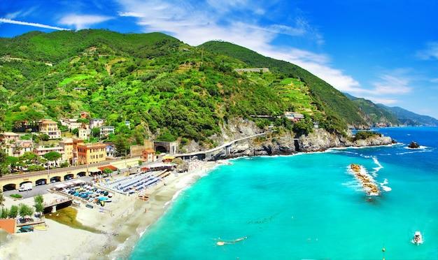 Obrazowe wybrzeże włoch, liguria, wybrzeże monterosso al mare