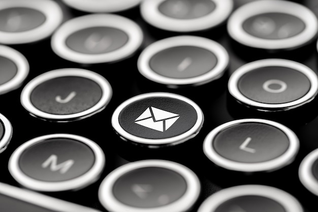 Obsługa klienta i kontakt ikona na klawiaturze retro