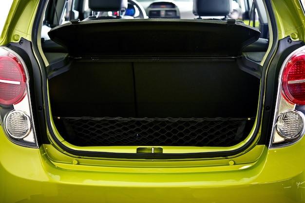 Obszar ładunku samochodów - samochód trunk