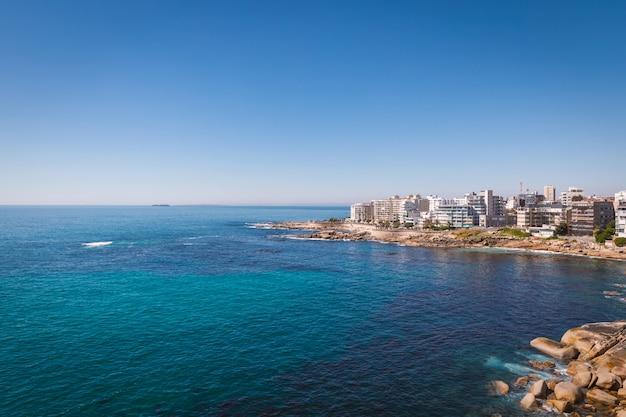 Obszar przybrzeżny sea point w kapsztadzie, republika południowej afryki