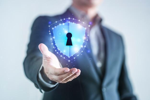 Ochrona danych i bezpieczeństwo sieci