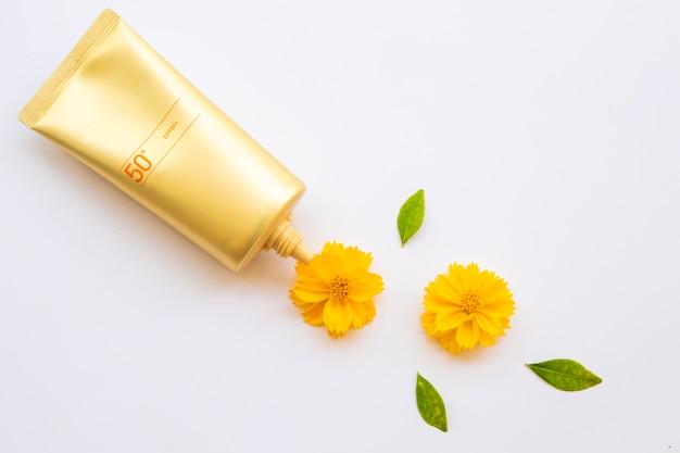 Ochrona zdrowia skóry twarzy z filtrem przeciwsłonecznym