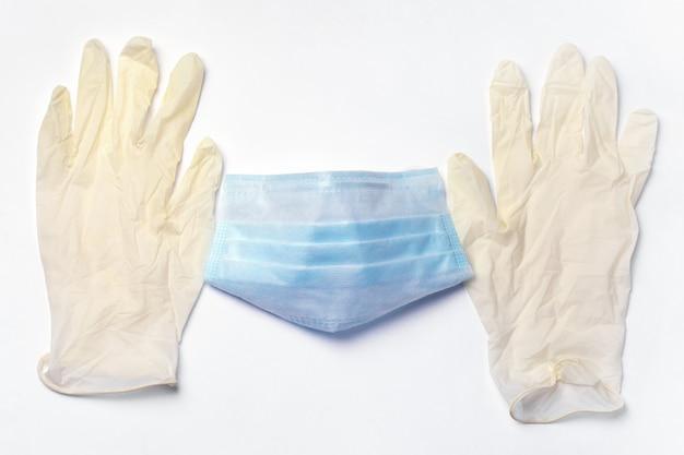 Ochronna maska medyczna i rękawiczki