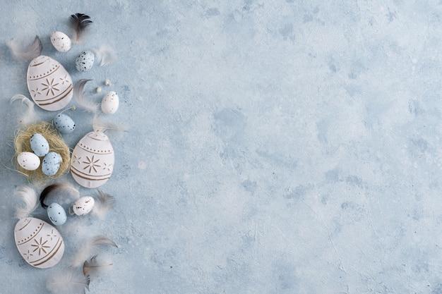 Odgórnego widoku easter jajek tradycyjny pojęcie z kopii przestrzenią