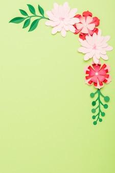 Odgórny Widok Papierowi Kwiaty Z Kopii Przestrzenią Darmowe Zdjęcia