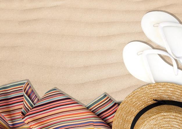 Odgórny widok sandały wyrzucać na brzeg, rzemiosło kapelusz i wielo- koloru szalik na piasek plaży tle.