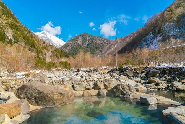 Odkryty onsen, japonia