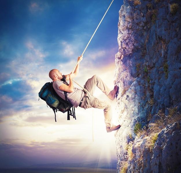 Odkrywca i jego pasja do wspinaczki po górach
