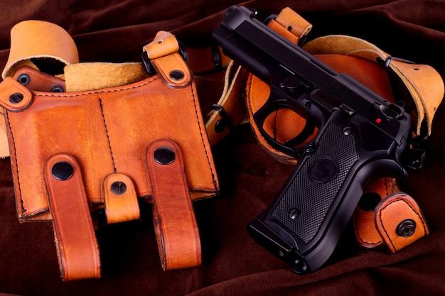 Odosobniony pistolet airsoftowy