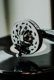 Odtwarzacz gramofonowy z bliska