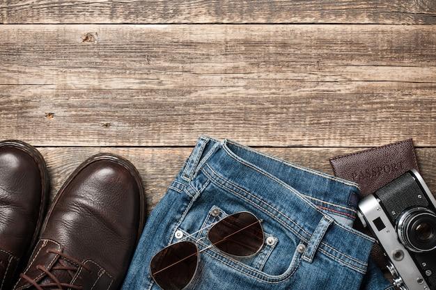 Odzież i akcesoria podróżnicze dla mężczyzn