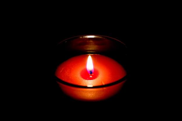 Ogień płomienia świecy