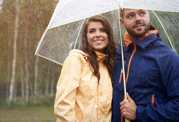 Ogrzane miłością w deszczowy dzień
