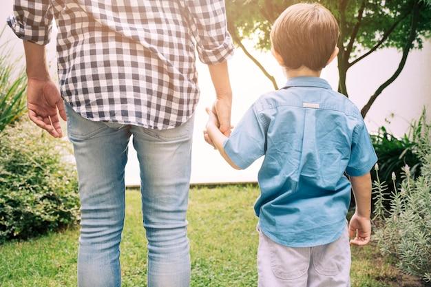 Ojciec i syn szczęśliwy na dzień ojców