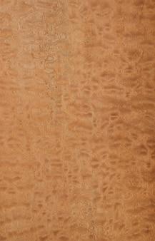 Okleina z drzewa sapele pommele