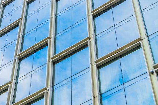 Okna w bulding