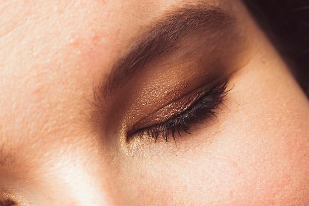Oko dorosłej kobiety
