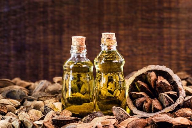 Olej z orzechów brazylijskich, pochodzący z amazonii, brazylijskich migdałów