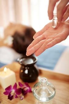 Olejek do profesjonalnego masażu twarzy
