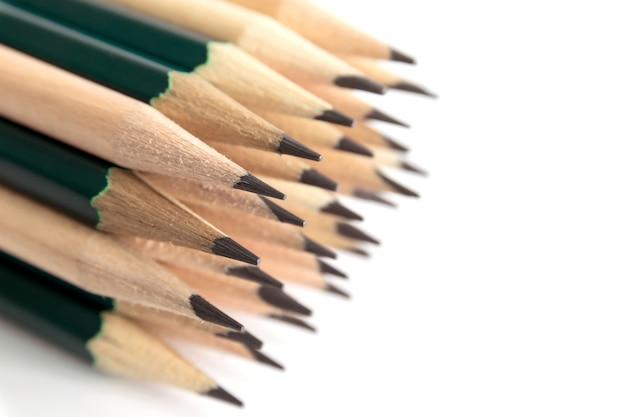 Ołówki to przyrząd do pisania lub rysowania, składający się z cienkiego sztyftu grafitu lub podobnej substancji, zamknięty w długim cienkim kawałku drewna lub przymocowany w metalowej lub plastikowej obudowie.