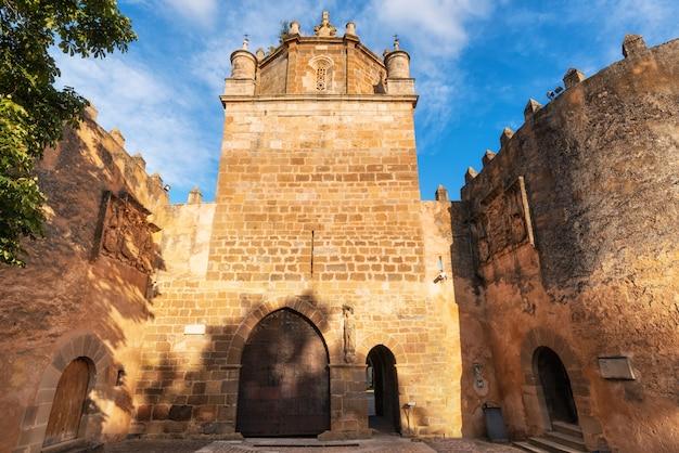 Opactwo veruela real monasterio de santa maria de veruela, vera de moncayo, saragossa, aragonia, hiszpania.