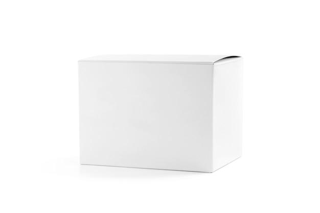 Opakowanie białe pudełko kartonowe na białym tle
