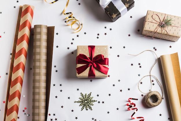 Opakowanie świąteczne pudełko na prezenty świąteczne opakowanie na nowy rok,