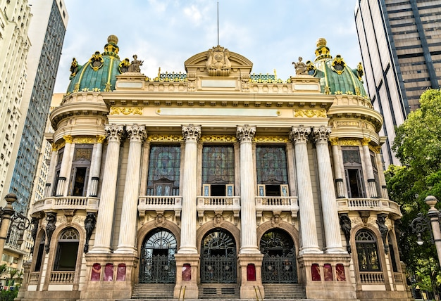 Opera w centralnej dzielnicy rio de janeiro