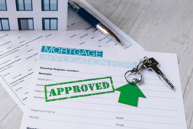 Opieczętowana papierowa forma dla hipoteki