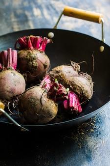 Organiczne warzywa buraczane